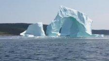 Yıkılan Buz Dağının Yarattığı Korku