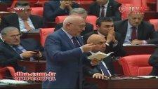 CHP'li Özkoç'un Meclis TV Canlı Yayınından Selam Göndermesi