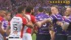 Rakip Takım Oyuncusunu Yumrukla Bayıltmak - Rugby Süper Lig