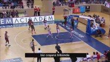 Türkiye Basketbol Ligi'ndeki mükemmel anların sponsoru Sony Xperia!