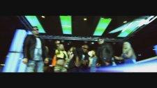 Stayzee Feat. Alvarela - Fabulous