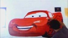 Cars 2 - Duvara Şimşek McQueen in Resmini Çizmek