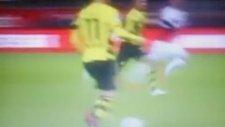 Borussia Dortmundun yeni transferi siftah yaptı