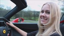 Ferrari 458 Spider Test Eden Kız