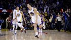 Stephen Curry'den inanılmaz pas