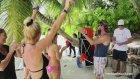 Avustralyalı Güzel Zoe Cross | WorldSwimsuit