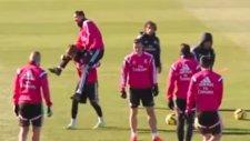 Real Madrid İdmanında Güreş!...