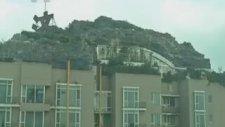 Site Çatısına Dağlı Ovalı Villa Yapmak