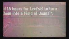 Levi's'tan Stadyumda 20.000 Kot Pantolonla Dev Geri Dönüşüm Logosu