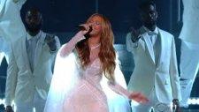 Beyonce - Take My Hand Oh Precious Lord (Canlı Performans)