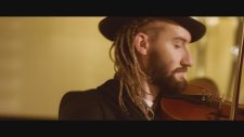 Zenn feat. Mike Diamondz - Sail Away (by Lanoy)