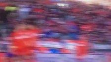 Naldo 35 metreden enfes gol attı!