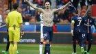 Ibrahimovic tekmeyle golü attı!