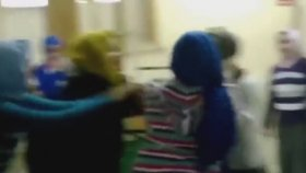 Turbanlı Kız Kavgası Turbanlı Kız Kavgası