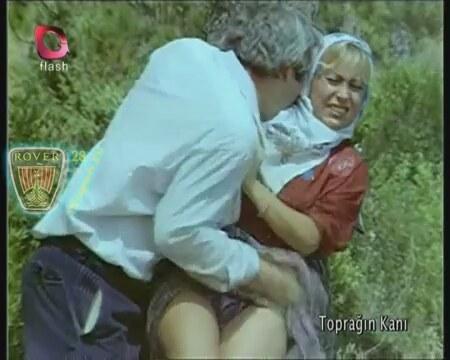 hareketli yaşlı kadın erkek sikişmesi  Türk Porno Hd