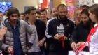 Beşiktaşlı futbolcular mağaza açılışına katıldı