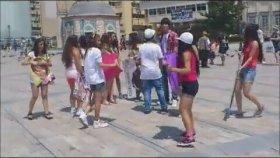 Justin Bieber Hayranı Ergenler - İzmir