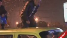 Taksi Şoförünün İmdadına Yetişen Damacana - Yanıyom Yanıyom