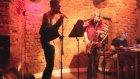 Çılgın Saksocu ile Duygusal Genç ft Sade Piyanist - Sahnede Şiir Şov