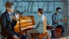 Isac Elliot - Parachute ft. Satin Circus