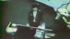 Jim Morrison - Piyano Çalmak