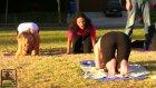 Yoga Yaparken Domalıyor- İnanılmaz Frikik