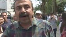 Sırrı Süreyya Önder'in Kepçenin Önüne Atlaması