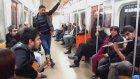 Ankara Metrosunda Ethem Sarısülük'lü Müzik Şöleni (Tepki İçermez)