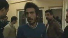 Oyları Kaçırmak İsterken Yakalanan Akp'li Sandık Görevlisi
