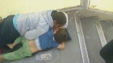 Metrobüs Girişlerindeki Çocuk Dilenciler