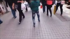 Veysel Kılıçaslan - İstiklal Caddesi