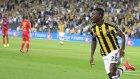 Fenerbahçeli Taraftarlardan Emenike Şiiri