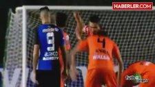 Gaddar Futbolcu, Az Daha Rakibinin Ayağını Kıracaktı!