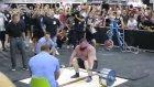 Arnold Schwarzenegger'in Gazıyla 462 Kilo Kaldıran Adam