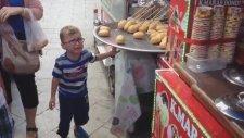 Maraş Dondurması ile Çocuk Çıldırtmak