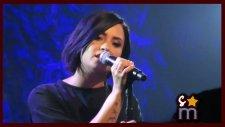 Demi Lovato - Believe in Me (Canlı Performans)