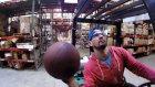 Forklift Kullanarak İnanılmaz Basket Atışları Yapan Adam