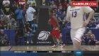 Talihsiz Basketbolcu! Ribaunda Çıktıktan Sonra Şortu Düştü