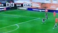 Leo Messi Yaptı Yapacağını...