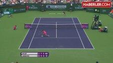 Hagi'nin Manevi Kızı, Şampiyon Tenisçiymiş