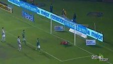 Meksika Ligi'nde müthiş aşırtma golü