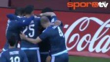 Arjantinli Oyuncudan Nokta Atışı Frikik!
