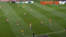 Medel'den Neymar'a İnsanlık Dışı Faul!