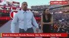 Kadın Dövüşçü Ronda Rousey, Dev Sporcuyu Yere Serdi