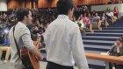 Üniversitelerde Dersi Basıp Şarkı Söylemek