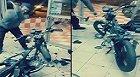 Çin Malı Motosiklete Sinirlenen Tamirci