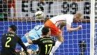 Hollanda 2-0 İspanya (Maç Özeti)