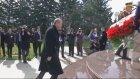 Erdoğan, Bükreş Türk Şehitliği'ni Ziyaret Etti