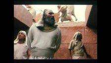 Hz Yusuf Dizisi Bölüm 30