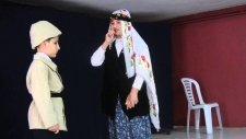 Salim Uçar İlkokulu /Çanakkale Programı/ Eşlerin Vedalaşması